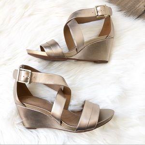 Clark's Acina Newport Gold Wedge Sandals 8.5
